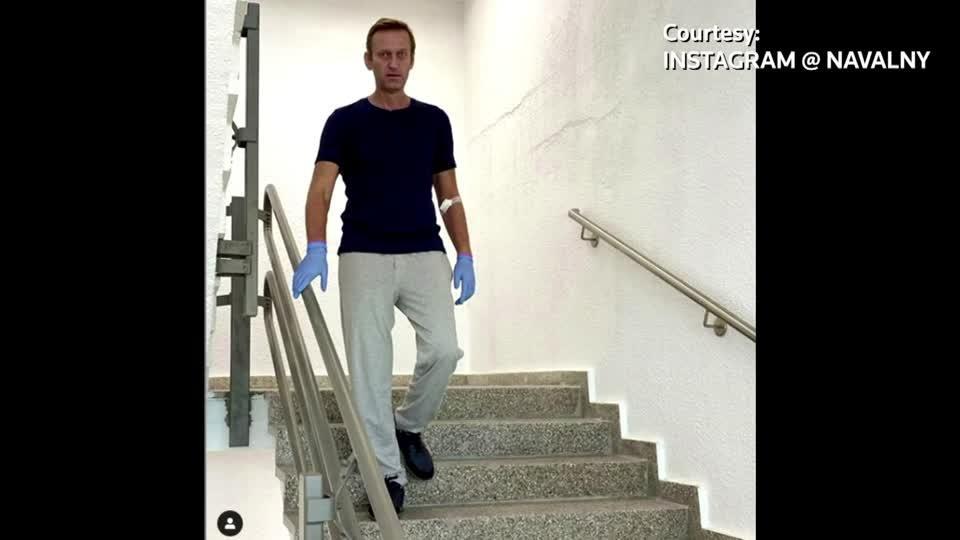 Kremlin critic Navalny posts update on recovery