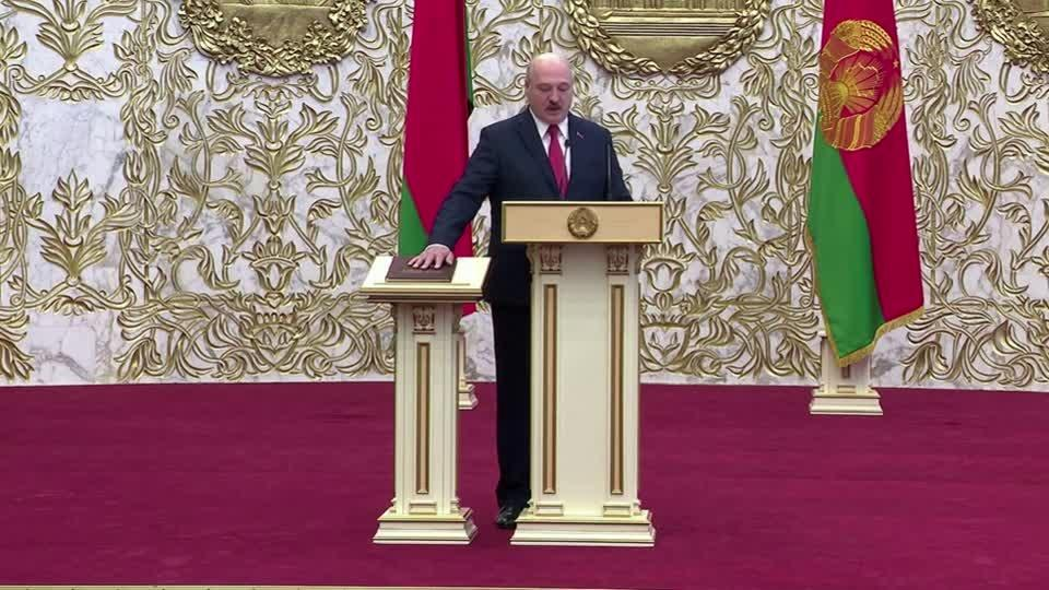 Belarus abruptly swears in Lukashenko
