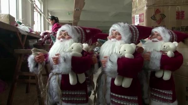 ジングルベルが鳴らない中国クリスマスの町、新型コロナで需要低迷(字幕・22日)