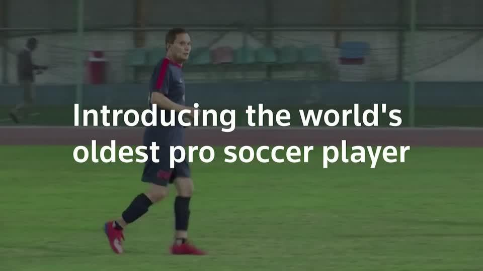 Egypt grandpa becomes world's oldest soccer pro