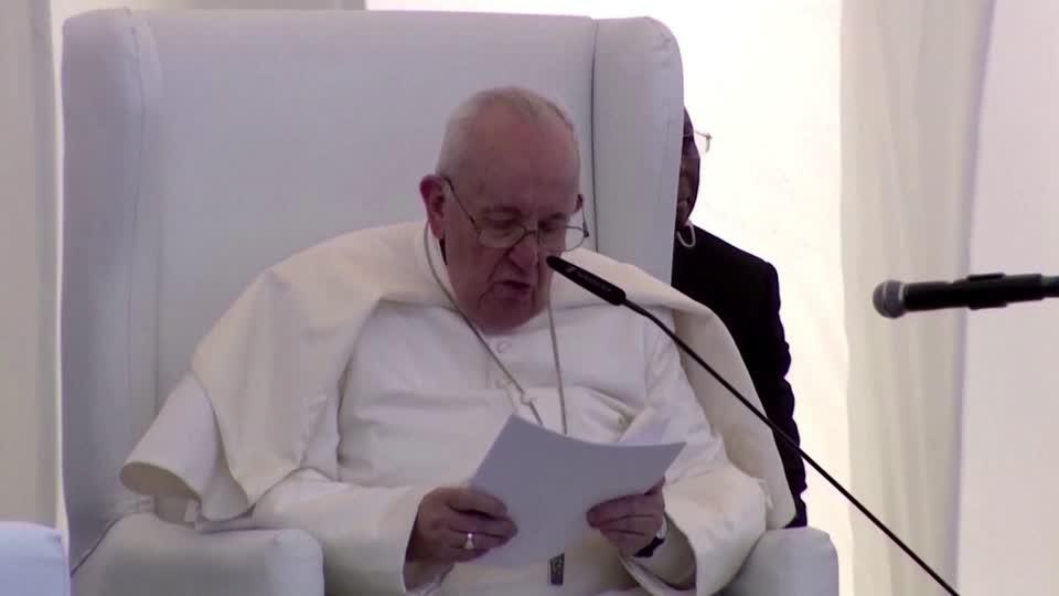 In Iraq, Pope condemns violence in name of God