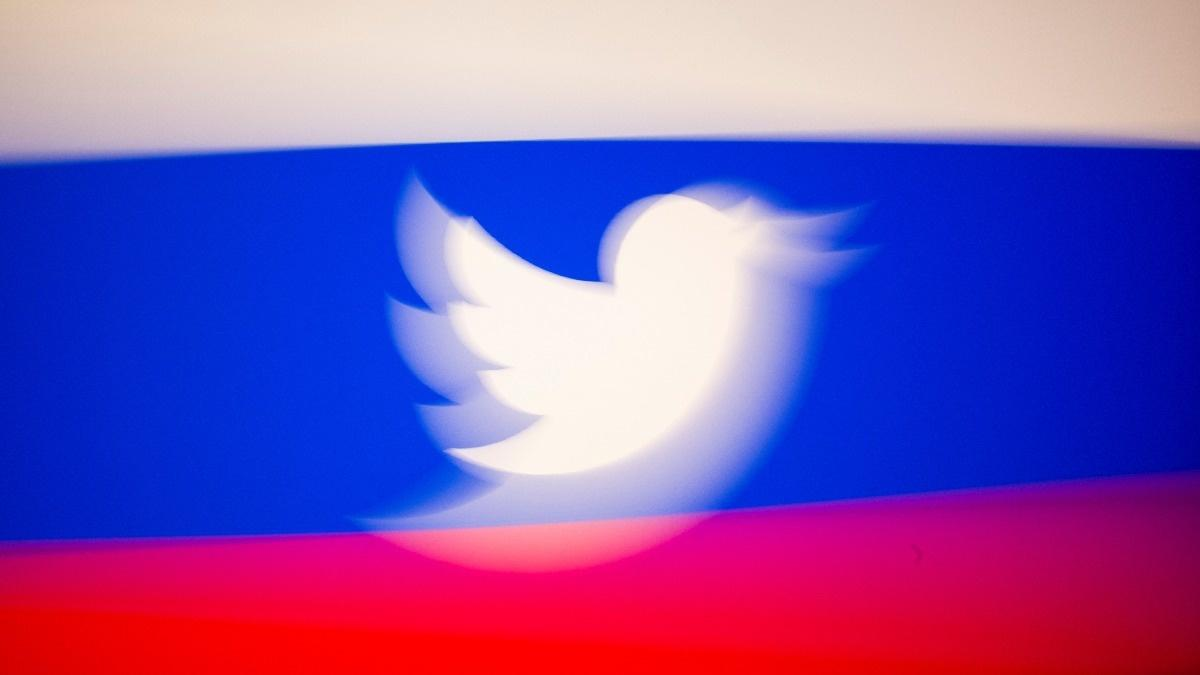 Russia warns of ban for Twitter in one month
