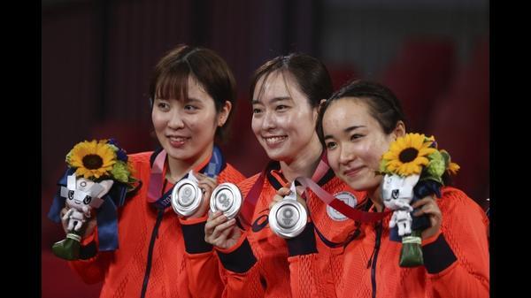 女子レス川井「姉妹で金」見事達成、空手・競歩・卓球でもメダル獲得 東京五輪5日のハイライト(字幕・5日)