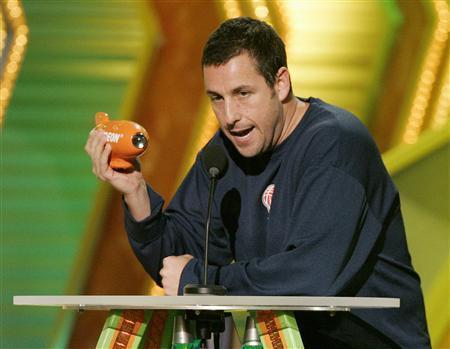 Sandler, Fanning tops with kids at awards show | Reuters com