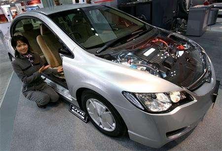 lithium batteries power hybrid cars of future saft reuters. Black Bedroom Furniture Sets. Home Design Ideas