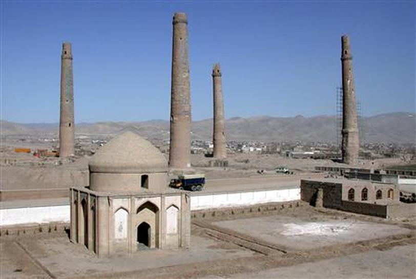 Cars, not war, may finally topple Afghan minarets | Reuters