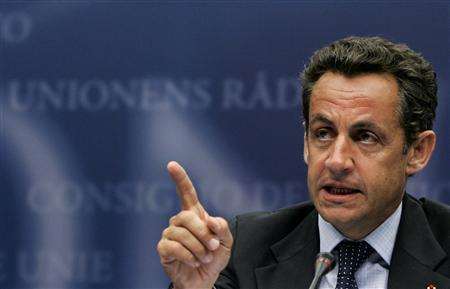 France's President Nicolas Sarkozy addresses a news conference during a Eurozone finance ministers meeting at the EU Council in Brussels, July 9, 2007. REUTERS/Francois Lenoir