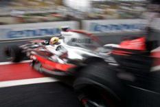 <p>O líder da Fórmula 1, Lewis Hamilton, escapou de sofrer uma punição mais grave para o Grande Prêmio do Brasil, que encerra a temporada, depois de a McLaren ter quebrado uma regra para pneus na primeira sessão de treinos livres de sexta-feira. Foto de carro de Lewis Hamilton, 19 de outubro em Interlagos. Photo by Sergio Moraes</p>