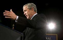 <p>O presidente dos EUA, George W. Bush, fala na National Defense University, em Washington. O presidente norte-americano  insistiu nesta terça-feira que um escudo antimíssil na Europa é necessário para a segurança dos Estados Unidos e de seus aliados da Otan. Photo by Kevin Lamarque</p>