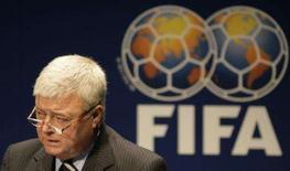 <p>Teixeira no anúncio do Brasil com sede da Copa do Mundo da Fifa de 2014 em Zurique. O Brasil foi considerado pela comissão de inspeção da Fifa como 'a escolha apropriada a sediar a Copa do Mundo de 2014', de acordo com relatório divulgado na semana passada. 30 de outubro. Photo by Michael Buholzer</p>