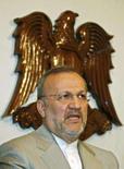 <p>O chanceler iraniano Manouchehr Mottaki fala em conferência em Damasco, Síria. O Irã está disposto a conversar mais com os Estados Unidos sobre melhorias na segurança do Iraque, disse nesta quarta-feira o chanceler iraniano. Photo by Khaled Al-Hariri</p>