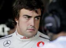 <p>O piloto espanhol Fernando Alonso nos boxes da equipe McLaren no autódromo de Interlagos, em São Paulo, no mês passado. Photo by Sergio Moraes</p>