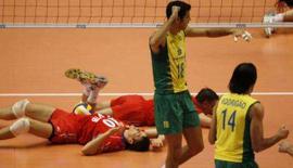 <p>Na manhã deste sábado, a seleção brasileira de vôlei masculina garantiu sua classificação para os Jogos Olímpicos de Pequim, em 2008. Photo by Toru Hanai</p>