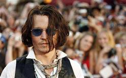 """<p>Cast member Johnny Depp attends the premiere of """"Pirates of the Caribbean: At World's End"""" at Disneyland in Anaheim, California May 19, 2007. REUTERS/Mario Anzuoni</p>"""
