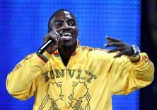 <p>File photo shows Akon performing during the World Music Awards in Monte Carlo, Nov. 4, 2007. REUTERS/Eric Gaillard</p>