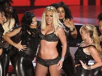 <p>Britney Spears performs at the 2007 MTV Video Music Awards in Las Vegas September 9, 2007. Spears fascinated people in 2007 with the disgraced pop princess heading a list of the top 10 searches on Yahoo Inc. REUTERS/Robert Galbraith</p>