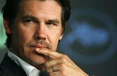 """<p>Cast member Josh Brolin attends a news conference for U.S. directors Ethan and Joel Coen's film """"No Country for Old Men"""" at the 60th Cannes Film Festival, May 19, 2007. REUTERS/Jean-Paul Pelissier</p>"""
