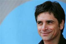 "<p>Star of the NBC show ""ER"" John Stamos arrives to attend the NBC Network upfronts in New York May 14, 2007. REUTERS/Lucas Jackson</p>"