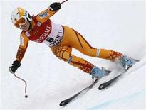<p>Britt Janyk of Canada skis to win the women's World Cup downhill in Aspen, Colorado December 8, 2007. REUTERS/Rick Wilking</p>