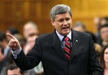 <p>Prime Minister Stephen Harper responds to the Liberal amendment to the Speech from the Throne in the House of Commons on Parliament Hill in Ottawa October 17, 2007. Parliamentary hearings into payments to a former prime minister more than a decade ago have sapped support for the ruling Conservatives, according to an opinion poll released on Saturday. REUTERS/Chris Wattie</p>