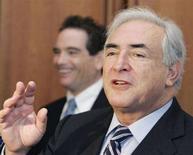 <p>Una immagine di archivio di Dominique Strauss-Kahn. REUTERS/Larry Downing</p>