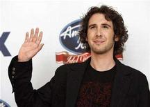 "<p>Josh Groban waves backstage during the ""Idol Gives Back"" show at the Walt Disney Concert Hall in Los Angeles April 25, 2007. REUTERS/Mario Anzuoni</p>"