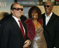 """<p>Cast members (L-R) Jack Nicholson, Beverly Todd and Morgan Freeman pose at the premiere of """"The Bucket List"""" at the Cinerama Dome in Los Angeles December 16, 2007. REUTERS/Mario Anzuoni</p>"""