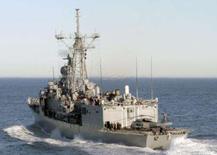 <p>Imagem de arquivo da fragata USS Ingraham. O Irã deve pesar as consequências de um novo confronto entre barcos norte-americanos e iranianos no estreito de Ormuz, alertou uma importante autoridade dos EUA nesta quarta-feira. Photo by Reuters (Handout)</p>