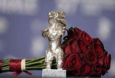<p>L'Orso che viene assegnato ogni anno al Festival di Berlino. REUTERS/Hannibal Hanschke</p>