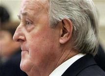 <p>Former Canadian Prime Minister Brian Mulroney testifies before the Commons ethics committee on Parliament Hill in Ottawa, December 13, 2007. Canada confirmed on Friday it would hold a formal inquiry into why former Mulroney accepted hundreds of thousands of dollars in cash from a business lobbyist, but the probe is likely to be more limited than that demanded by opposition parties. REUTERS/Chris Wattie</p>