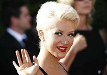 <p>Singer Christina Aguilera arrives at the 59th Primetime Emmy Awards in Los Angeles, California September 16, 2007. REUTERS/Mario Anzuoni</p>
