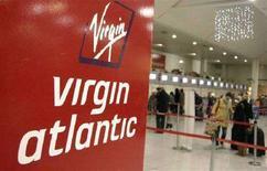 <p>Un check-in di Virgin Atlantic all'aeroporto di Gatwick REUTERS/Alessia Pierdomenico</p>