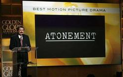 "<p>Jorge Camara, president of the Hollywood Foreign Press Association, announces ""Atonement"" as winner of the Golden Globe Award for best drama motion picture at the 65th annual Golden Globe Awards news conference at the Beverly Hilton hotel in Beverly Hills, January 13, 2008. REREUTERS/Mario Anzuoni</p>"