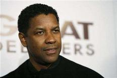 "<p>Director and cast member Denzel Washington poses at the premiere of his movie ""The Great Debaters"" at the Arclight Cinerama Dome in Hollywood, California on December 11, 2007. Washington topped the list for the second year in a row as America's favorite movie star in a new survey. REUTERS/Mario Anzuoni</p>"