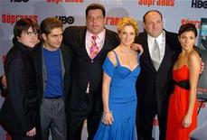 "<p>Cast members Robert Iler, Michael Imperioli, Steve Schirripa, Edie Falco, James Gandolfini, and Jamie-Lynn Sigler (L-R) arrive for the premiere of the 6th season of the HBO hit TV series ""The Sopranos"" at the Museum of Modern Art in New York March 7, 2006. REUTERS/Robert Caplin</p>"
