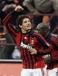 <p>Alexandre Pato marcou os dois gols da vitória do Milan por 2 x 0 sobre o Genoa, neste domingo, ajudando os atuais campeões mundiais a subirem para a sétima posição do Campeonato Italiano. Photo by Alessandro Garofalo</p>