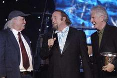 <p>Recipients David Crosby, (L-R) Stephen Stills and Graham Nash accept the BMI Icon Award during the 54th annual BMI Pop Awards in Beverly Hills, California, May 16, 2006. REUTERS/Phil McCarten</p>