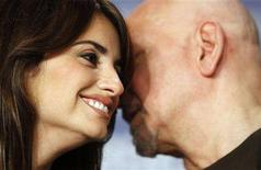 <p>Actrors Penelope Cruz (L) and Ben Kingsley attends a news conference to present their film 'Elegy' running in the competition at the 58th Berlinale International Film Festival in Berlin February 10, 2008. The 58th Berlinale, one of the world's most prestigious film festivals, will run from February 7 to 17 in the German capital. REUTERS/Johannes Eisele</p>