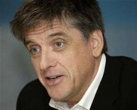 "<p>Craig Ferguson, host of CBS' ""The Late Late Show with Craig Ferguson"" answers reporters' questions during the Television Critics Association media tour in Pasadena, California January 18, 2006. REUTERS/Chris Pizzello</p>"
