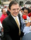 <p>Marcelo Ebrard, sindaco di Città del Messico. REUTERS/Daniel Aguilar</p>