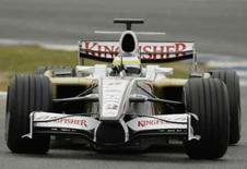 <p>Italiano Giancarlo Fisichella pilota carro da Force India durante teste de pré-temporada na Espanha. Photo by Marcelo Del Pozo</p>