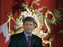 <p>Prime Minister Stephen Harper speaks at the Chinese Canadian Association's 25th Anniversary Celebration in Toronto February 29, 2008. REUTERS/Mike Cassese</p>