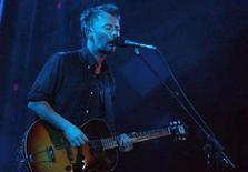 <p>Thomas Yorke, singer and guitar player of Radiohead, performs during their concert at the 37th Montreux Jazz Festival in the Auditorium Stravinski in Montreux, July 5, 2003. REUTERS/Jean-Bernard Sieber</p>