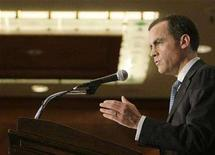 <p>The Governor of the Bank of Canada, Mark Carney, speaks in Vancouver British Columbia, February 18, 2008. REUTERS/Lyle Stafford</p>