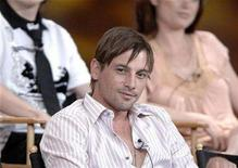 "<p>Cast member Skeet Ulrich listens to questions about the CBS production ""Jericho"" at the 2006 Summer CBS Television Critics Association press tour held in Pasadena, California July 15, 2006. REUTERS/Phil McCarten</p>"