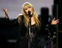 """<p>Recording artist Stevie Nicks performs the song """"Enchanted"""" during a show at The Colosseum at Caesars Palace in Las Vegas, Nevada, May 10, 2005. REUTERS/Ethan Miller</p>"""