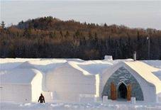 <p>The Ice Hotel is seen in Sainte-Catherine-de-la-Jacques-Cartier, Quebec January 31, 2008. The hotel is open to visitors from January to April. REUTERS/Mathieu Belanger</p>