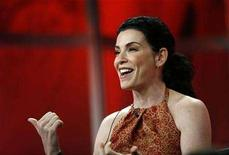"<p>Cast member Julianna Margulies gestures at the panel for the FOX television series ""Canterbury's Law"" at the Television Critics Association Summer Press Tour in Beverly Hills, California July 23, 2007. REUTERS/Mario Anzuoni</p>"