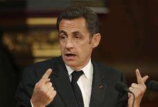 <p>French President Nicolas Sarkozy addresses members of both Houses of Parliament in the Royal Gallery of the Palace of Westminster, in London on March 26, 2008. REUTERS/Stephen Hird</p>