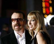 """<p>Former Eurythmics member Dave Stewart and his wife Anoushka Fisz attend the premiere of """"Elizabeth: The Golden Age"""" in Universal City, California October 1, 2007. REUTERS/Mario Anzuoni</p>"""